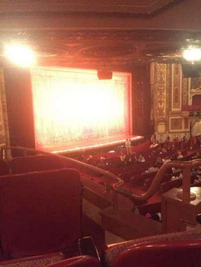 Cadillac Palace Theater, sección: DCIRFL, fila: JJ, asiento: 5