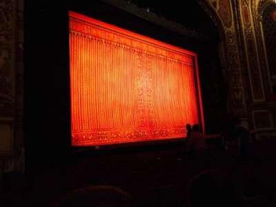 Cadillac Palace Theater, sección: ORCH-L, fila: K, asiento: 23