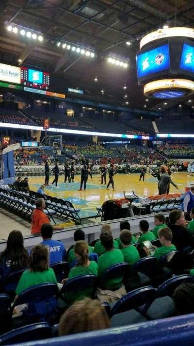 Allstate Arena, sección: 112, fila: A, asiento: 15