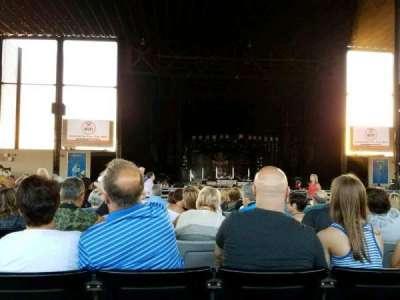 Hollywood Casino Amphitheatre (Tinley Park), sección: 204, fila: UU, asiento: 17
