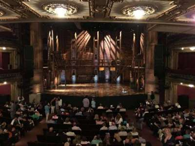 PrivateBank Theatre, sección: Dress Circle C, fila: A, asiento: 207