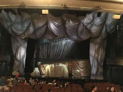 Majestic Theatre, sección: ORCH, fila: O, asiento: 113