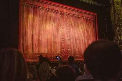 Cadillac Palace Theater, sección: Orchestra L, fila: M, asiento: 19