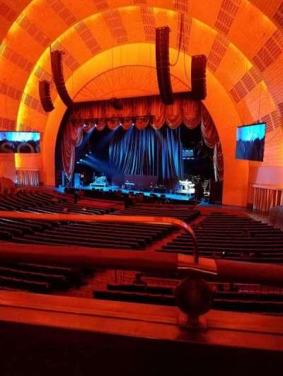 Radio City Music Hall, sección: 1st Mezzanine 1, fila: BB, asiento: 110