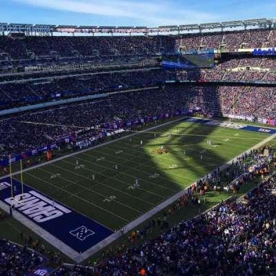 MetLife Stadium, sección: 320, fila: 6, asiento: 9