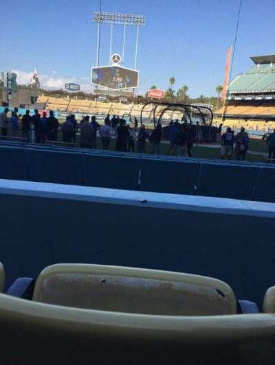Dodger Stadium, sección: 7FD, fila: B, asiento: 4