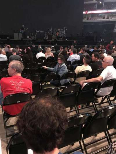 United Center, sección: 2, fila: 13, asiento: 1