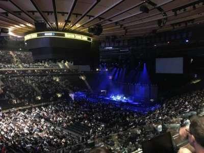 Madison Square Garden, sección: 209, fila: 2, asiento: 7