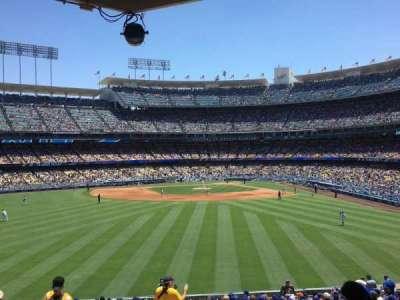 Dodger Stadium, sección: 305PL, fila: Z, asiento: 1