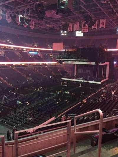 Capital One Arena, sección: 210, fila: D, asiento: 9