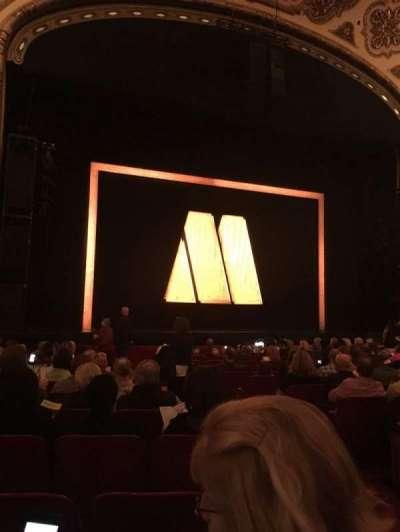 Cadillac Palace Theater, sección: Orch L, fila: O, asiento: 5