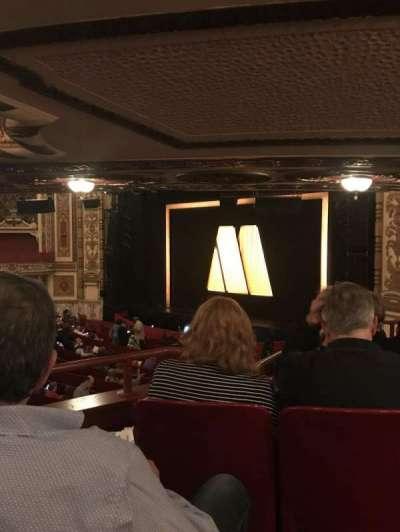 Cadillac Palace Theater, sección: DCIRFR, fila: Kk, asiento: 8
