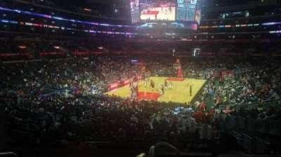 Staples Center, sección: 215, fila: 6, asiento: 3