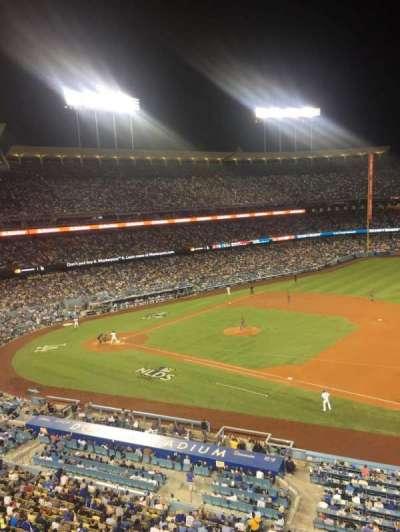 Dodger Stadium, sección: Infield Reserve VIP 28, fila: A, asiento: 2