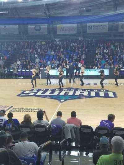 Greensboro Coliseum Fieldhouse, sección: 104, fila: H, asiento: 19
