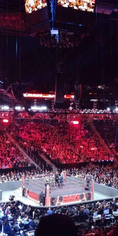 Philips Arena, sección: 213, fila: E, asiento: 17