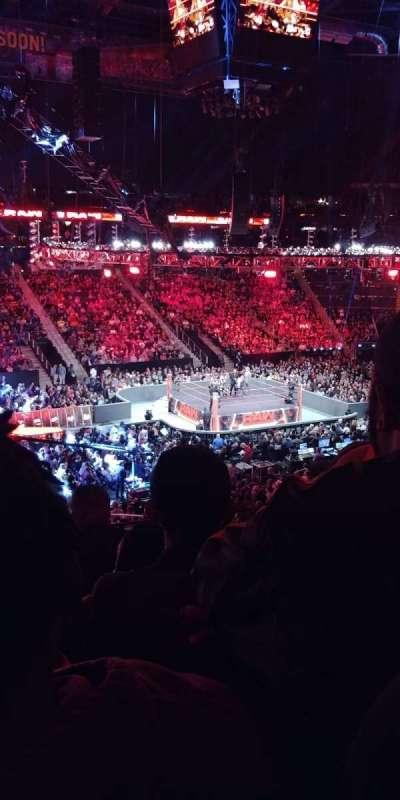 Philips Arena, sección: 213, fila: E, asiento: 18