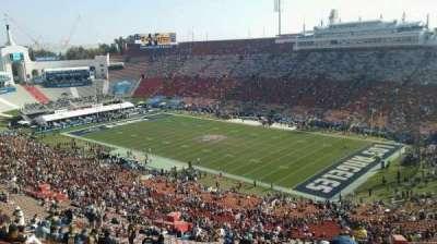 Los Angeles Memorial Coliseum, sección: 18L, fila: 87, asiento: 20