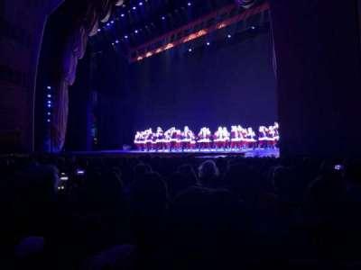 Radio City Music Hall, sección: Orchestra 2, fila: LL, asiento: 204
