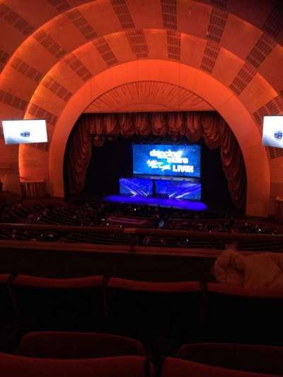 Radio City Music Hall, sección: 2nd Mezzanine 2, fila: C, asiento: 211