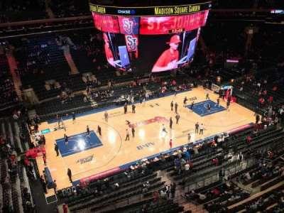Madison Square Garden, sección: 312, fila: 1, asiento: 1