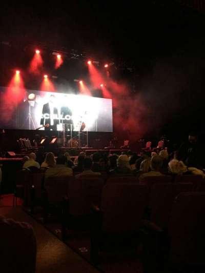 Chicago Theatre, sección: MNFL3L, fila: GG, asiento: 301