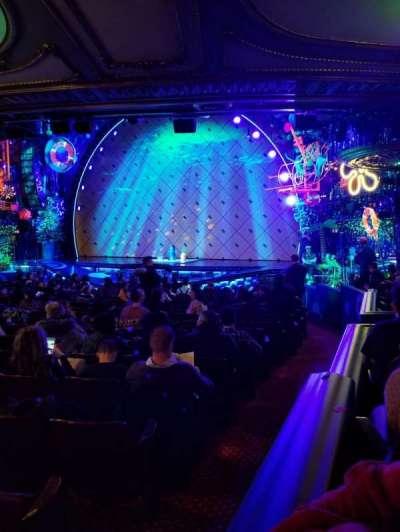 Palace Theatre (Broadway), sección: Orchestra, fila: Q, asiento: 2