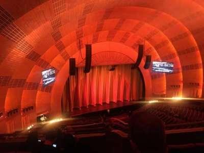 Radio City Music Hall, sección: 3rd mezzanine 7, fila: D, asiento: 702