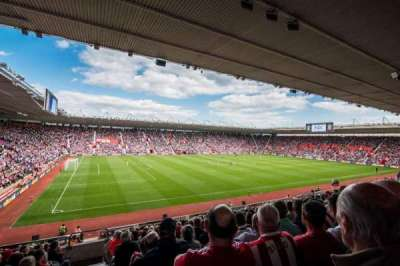 St Mary's Stadium, sección: 35