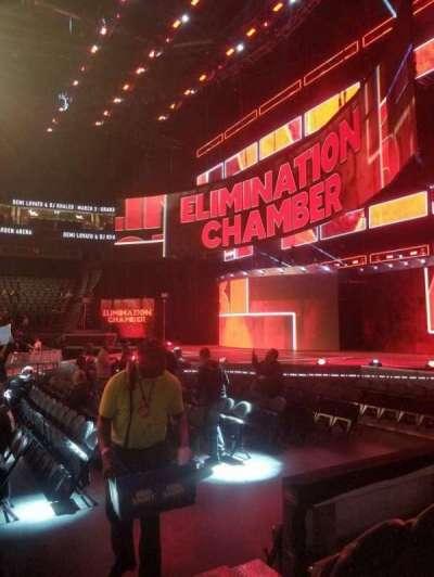 T-Mobile Arena, sección: 16, fila: CC, asiento: 21