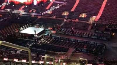 Madison Square Garden, sección: 214, fila: 18, asiento: 1