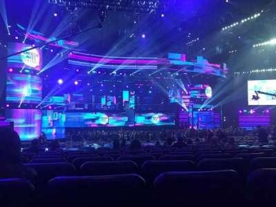 Microsoft Theater, sección: Orchestra, fila: NN, asiento: 417