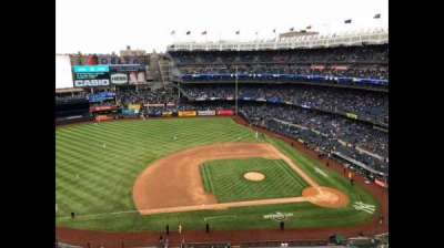 Yankee Stadium, sección: 424, fila: 1, asiento: 1