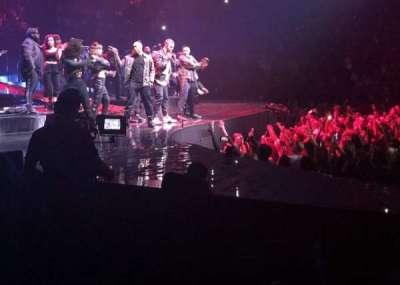 T-Mobile Arena, sección: 4, fila: A, asiento: 1