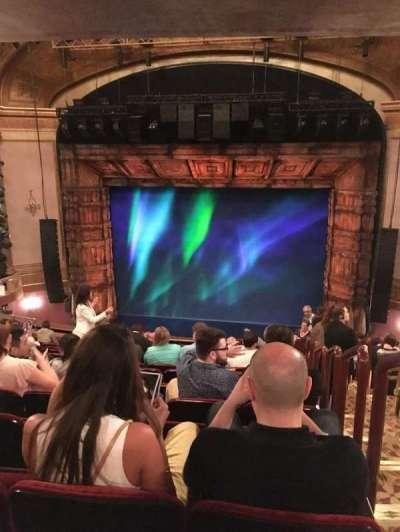 St. James Theatre, sección: Mez, fila: O, asiento: 101