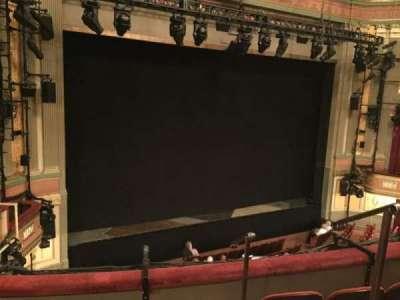 Neil Simon Theatre, sección: Mezz, fila: D, asiento: 1