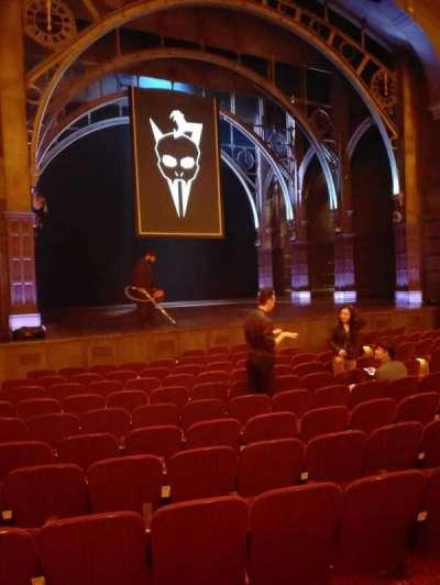 Lyric Theatre, sección: Orchestra Left, fila: K, asiento: 26