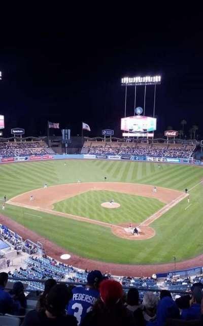 Dodger Stadium, sección: 5RS, fila: H, asiento: 12