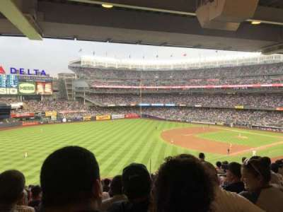 Yankee Stadium, sección: 230, fila: 22, asiento: 6