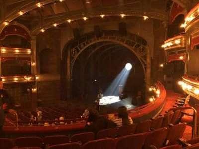 Lyric Theatre, sección: Dress Circle, fila: E, asiento: 12 and 14