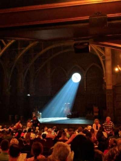Lyric Theatre, sección: Orchestra Right, fila: V, asiento: 32-36
