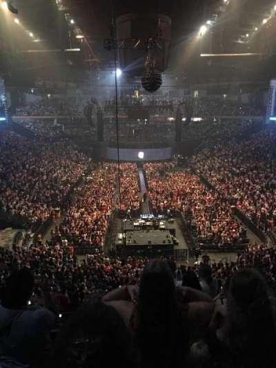 Bridgestone Arena , sección: 202, fila: E or F , asiento: 3