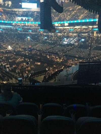 AT&T Center, sección: 117, fila: 28, asiento: 12
