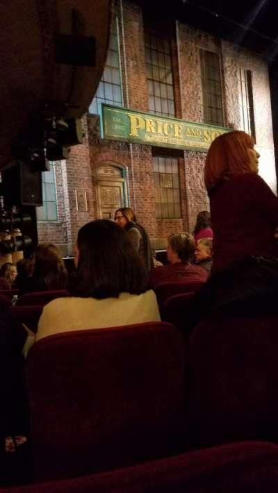 Al Hirschfeld Theatre, sección: Orchestra, fila: J, asiento: 19