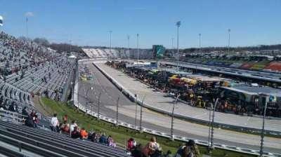 Martinsville Speedway, sección: DD, fila: 25, asiento: 1