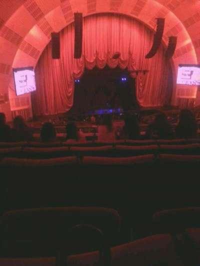 Radio City Music Hall, sección: 2nd mezzanine 6, fila: E, asiento: 606