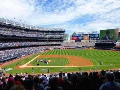Yankee Stadium, sección: 216, fila: 14, asiento: 8