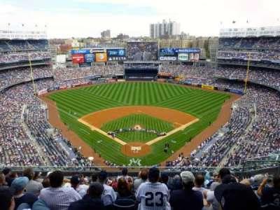 Yankee Stadium, sección: 420B, fila: 8, asiento: 7