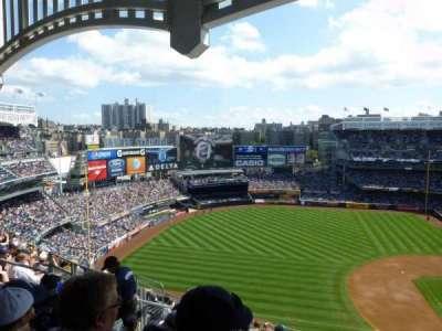 Yankee Stadium, sección: 426, fila: 10, asiento: 10