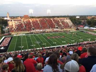 Huskie Stadium, sección: F, fila: 69, asiento: 14